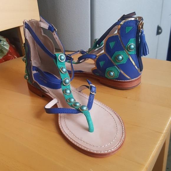 254d51288a40 Kate Spade peacock sandals. M 5b3e38e42e14789bae301709